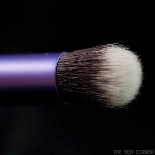 Real Techniques - Deluxe Crease Brush