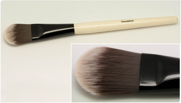 Bobbi Brown - Foundation Brush