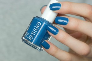 Essie – Hide & Go Chic